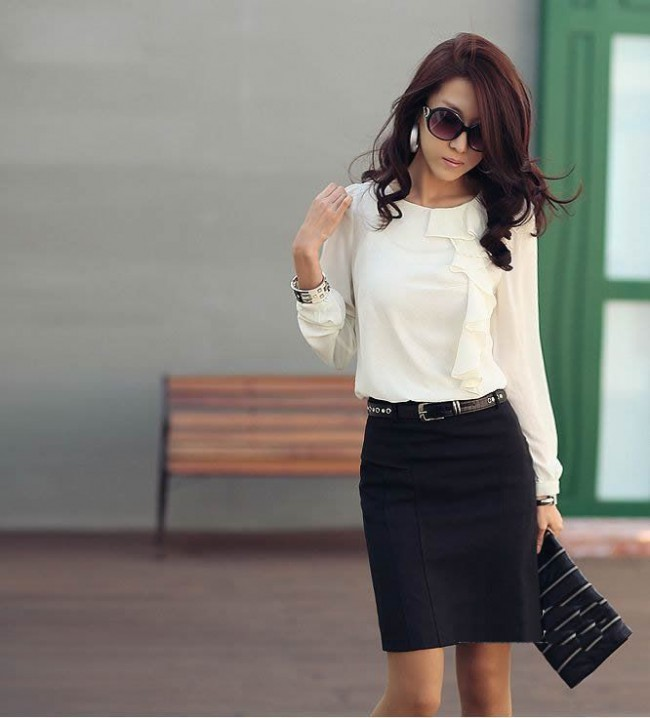 76c109328b 8 spring work outfits with a black skirt - Page 6 of 8 - larisoltd.com