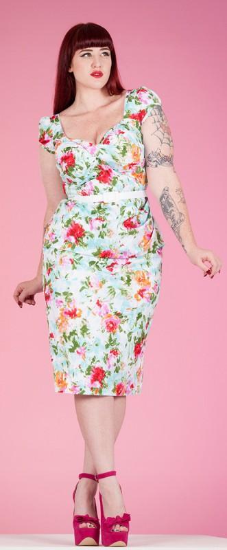 7 feminine plus size dresses for spring