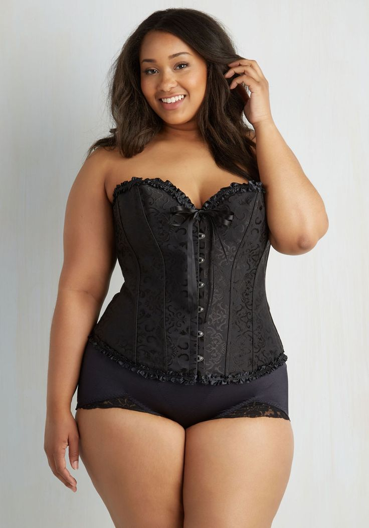 Black lingerie suggestions for stylish plus size girls ...