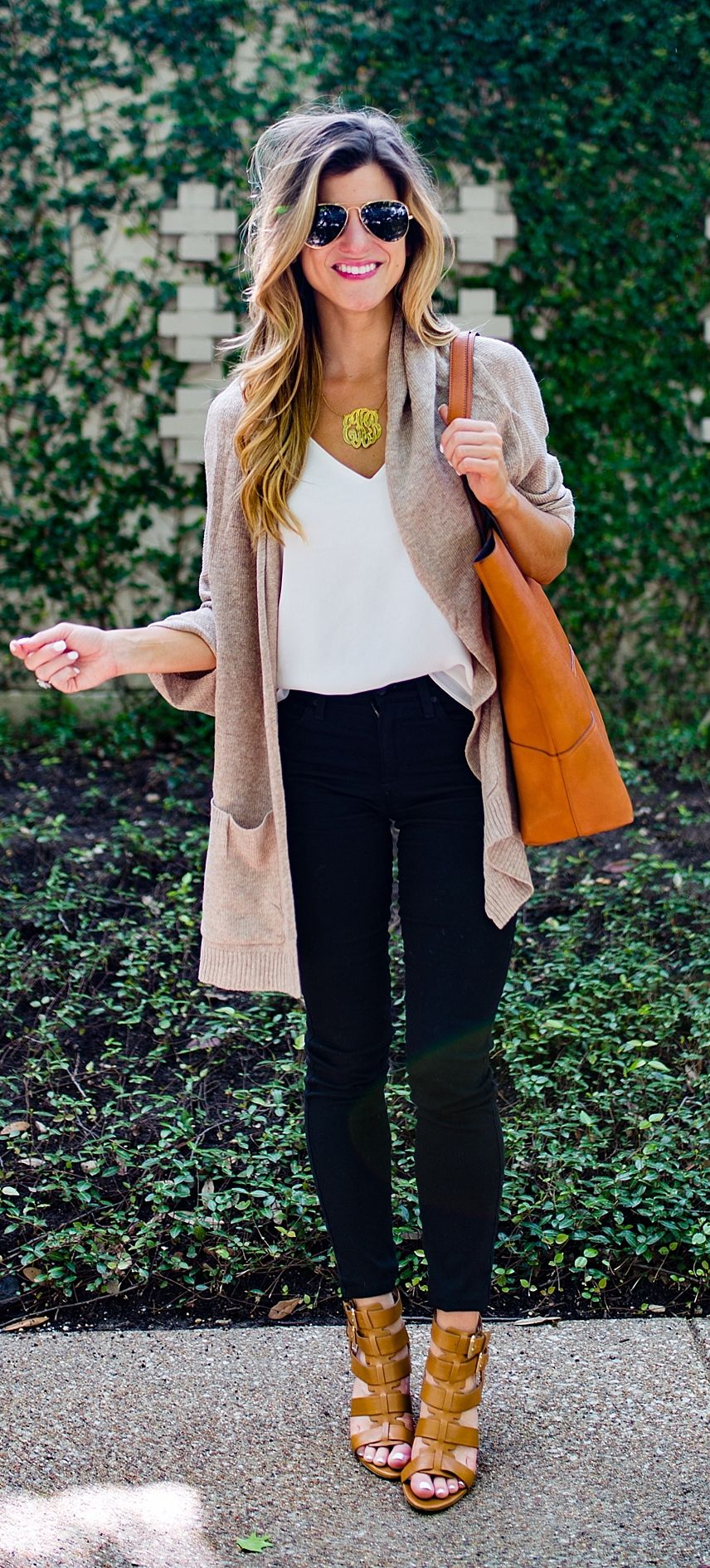 29 stylish fall transition outfits that you can wear every ...
